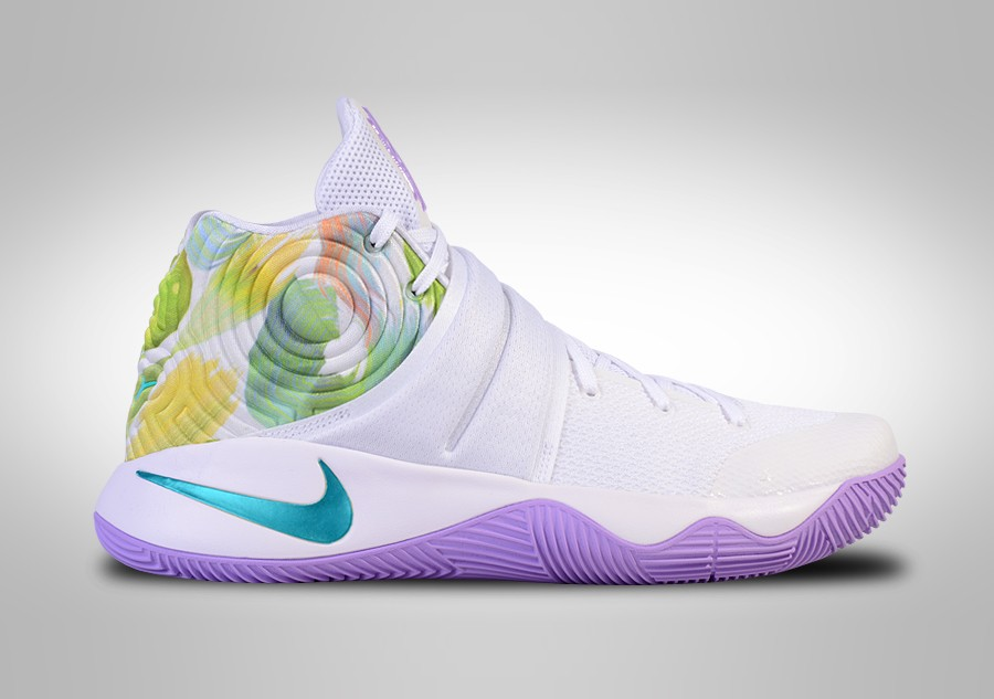 NIKE KYRIE 2 EASTER price €102.50