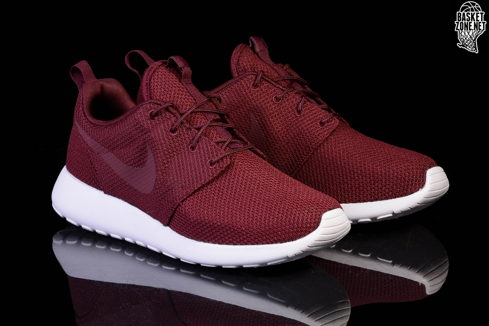 360ed06e6e03 ... promo code for nike roshe one night maroon dd996 b23d1