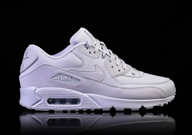 the latest 2f88e 704d0 NIKE AIR MAX 90 ESSENTIAL WOLF GREY