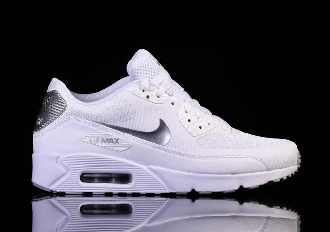 finest selection 28d79 507bf NIKE AIR MAX 90 ULTRA 2.0 ESSENTIAL WHITE per €122,50 | Basketzone.net