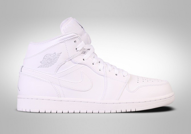 346b4a9de383 NIKE AIR JORDAN 1 RETRO MID WHITE pour €102,50 | Basketzone.net