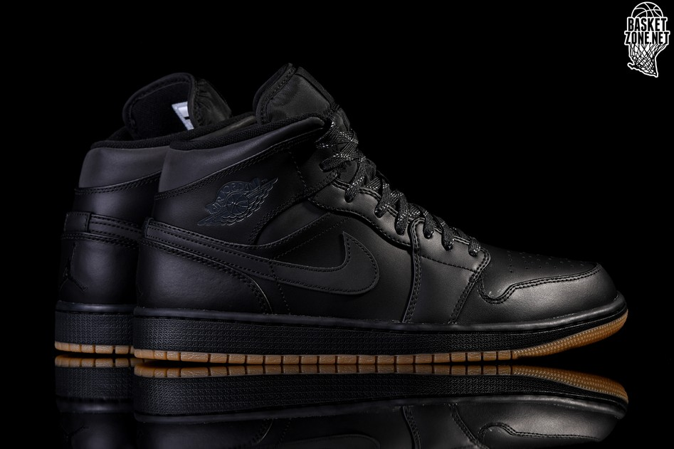 half off bccec 9b497 NIKE AIR JORDAN 1 RETRO MID WINTERIZED BLACK pour €102,50 ...