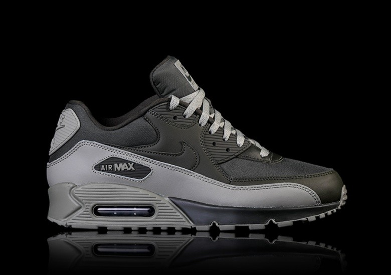 timeless design 59ecc e4fae NIKE AIR MAX 90 ESSENTIAL SEQUOIA für $129,00 | Basketzone.net