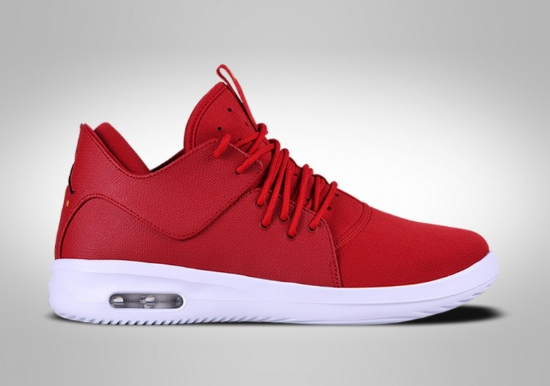 NIKE AIR JORDAN FIRST CLASS VARSITY RED