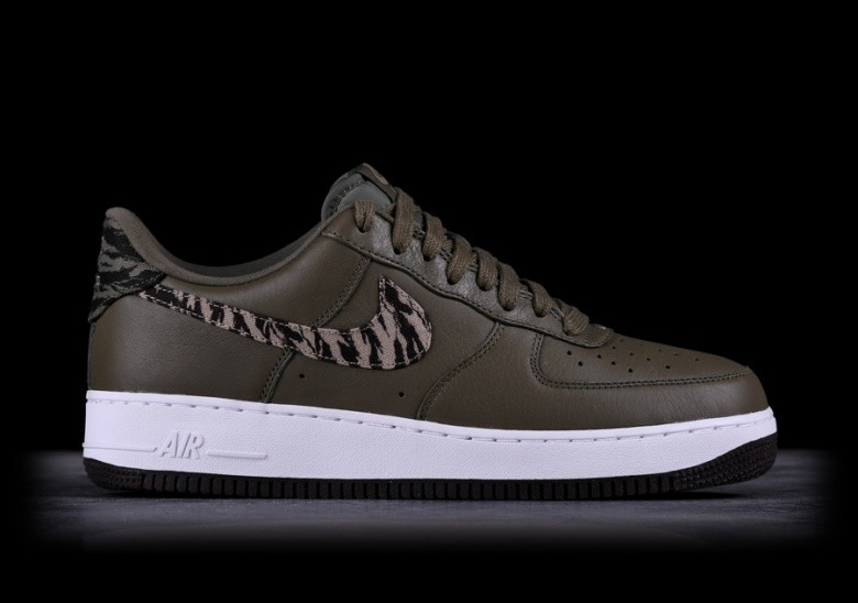 separation shoes f1f8a adfe6 NIKE AIR FORCE 1 AOP PRM MEDIUM OLIVE