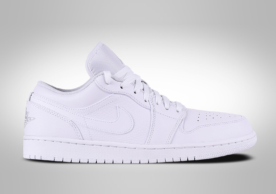 best sneakers 706bf 52a2f NIKE AIR JORDAN 1 RETRO LOW TRIPLE WHITE
