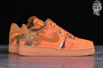 new product bd1c6 47e9b NIKE AIR FORCE 1  07 LV8 3 REALTREE CAMO PACK