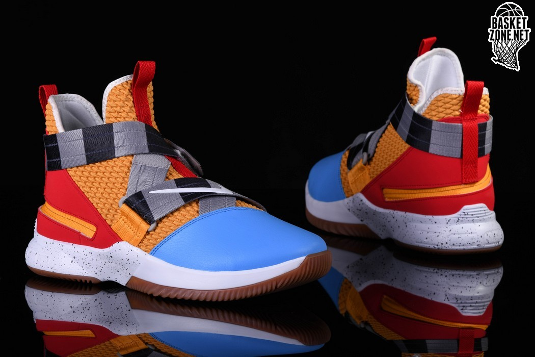 purchase cheap 3c0bd d0074 NIKE LEBRON SOLDIER 12 FLYEASE TOY STORY price €127.50 ...
