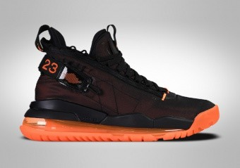 NIKE AIR JORDAN PROTO MAX 720 TOTAL ORANGE