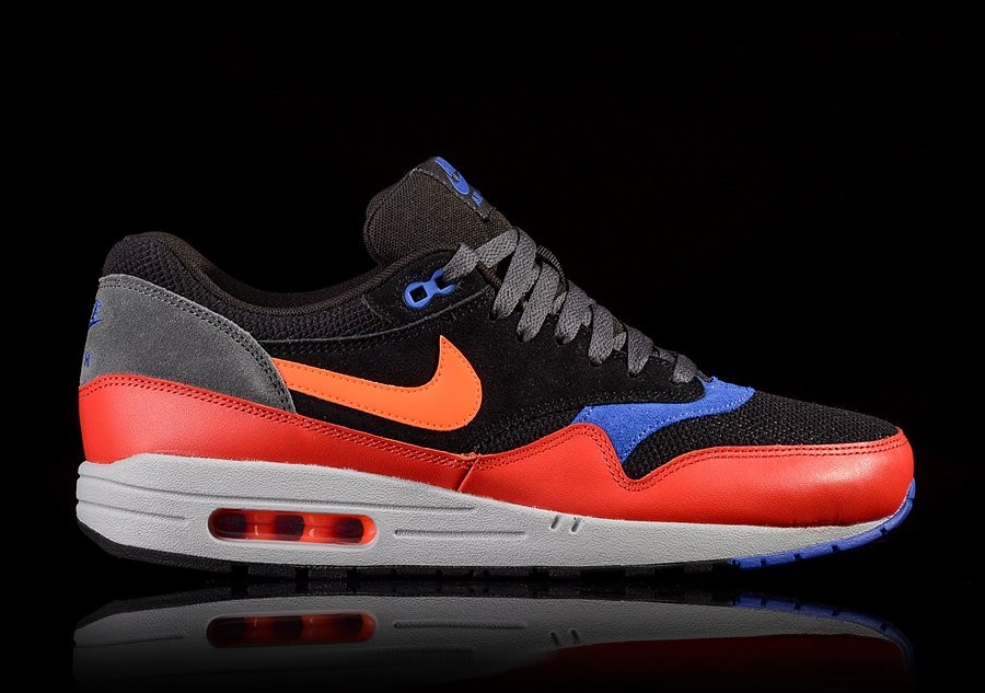 NIKE AIR MAX 1 ESSENTIAL HYPER CRIMSON price €92.50