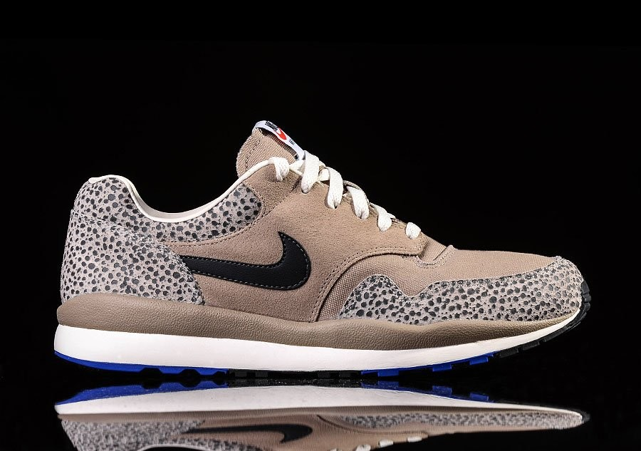 NIKE AIR SAFARI VNTG