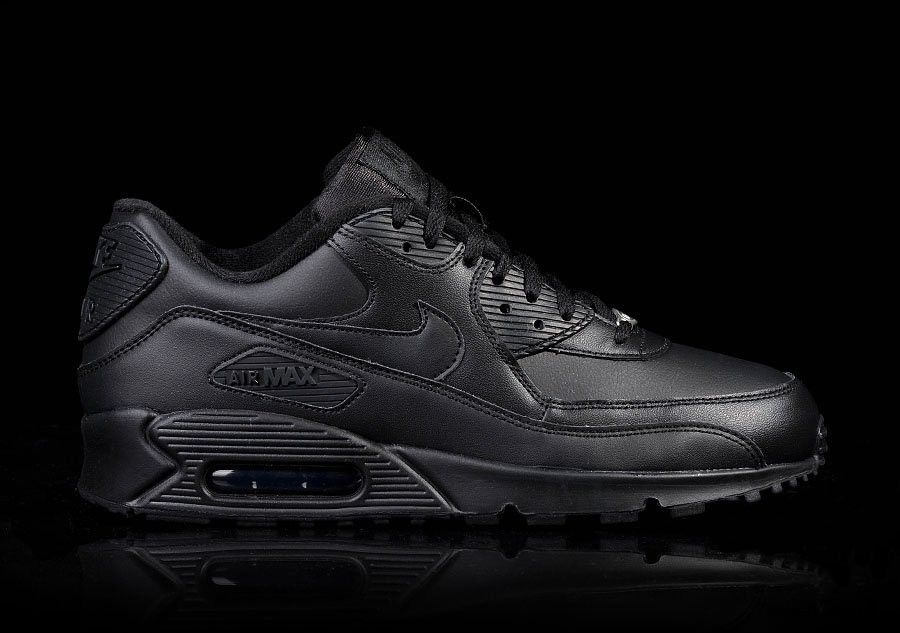 best cheap d6f1b 0c617 NIKE AIR MAX 90 LEATHER INTENSE BLACK pour €112,50 | Basketzone.net